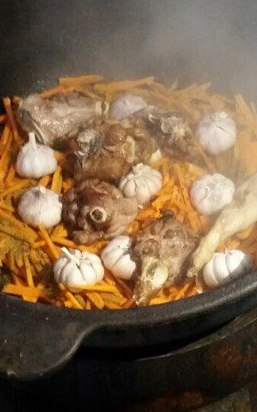 Пятиразовое питание с включением в рацион фермерских продуктов в детском лагере Юный сокольник